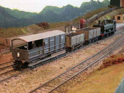 Art of compromise model railway