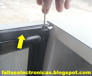 despiece de microondas para mantenimiento