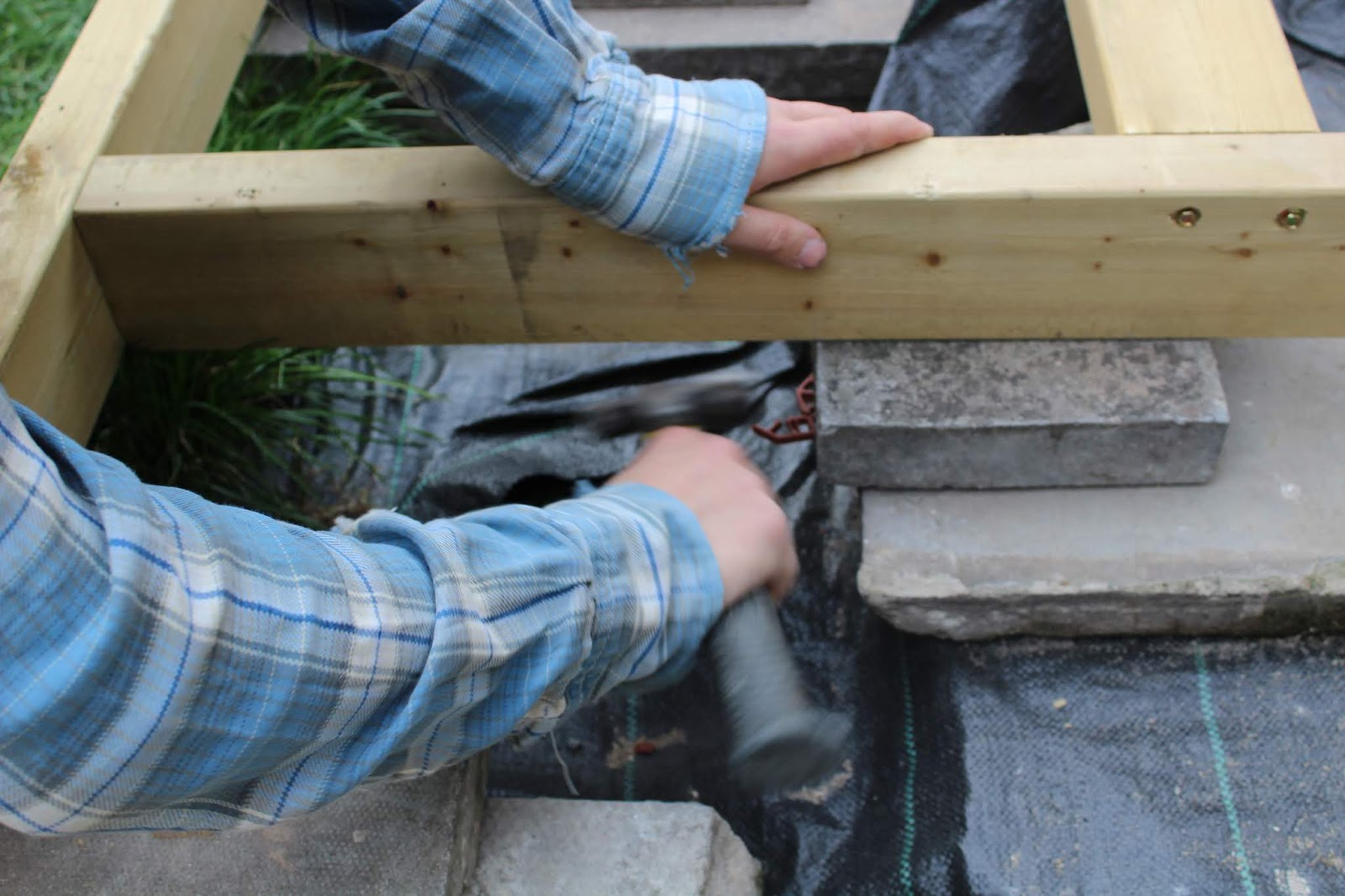 DIY Decking levelling concrete