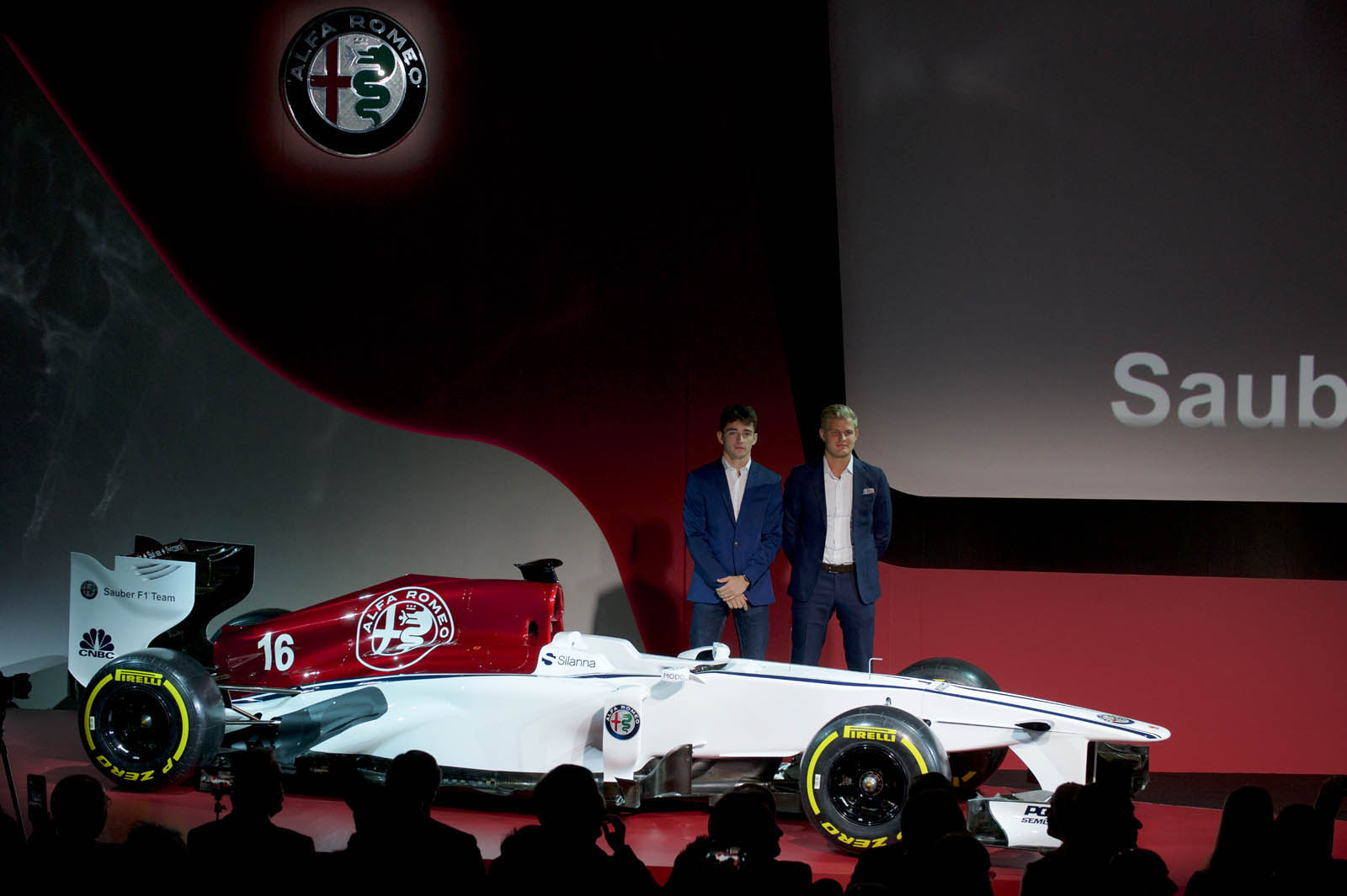 alfa romeo sauber f1 officially launches with new livery driver lineup carscoops. Black Bedroom Furniture Sets. Home Design Ideas
