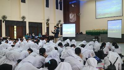 motivator muda, motivator nasional, motivator terbaik, motivator indonesia, edvan m kautsar, motivator sekolah, motivator entrepreneur