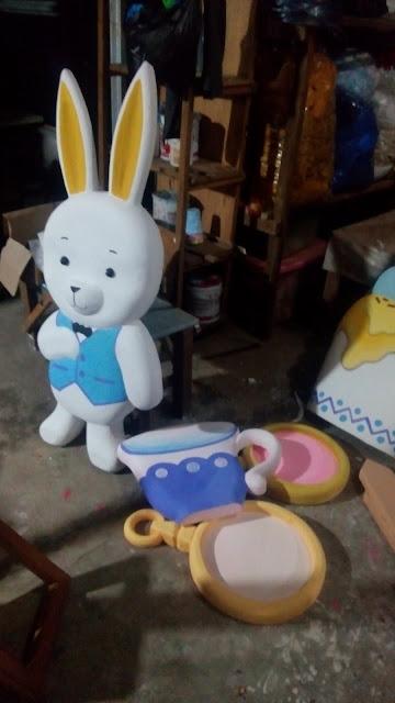 patung karakter styrofoam