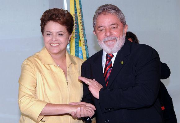 http://www.blogdofelipeandrade.com.br/2016/03/parlamentares-de-pe-da-ala.html