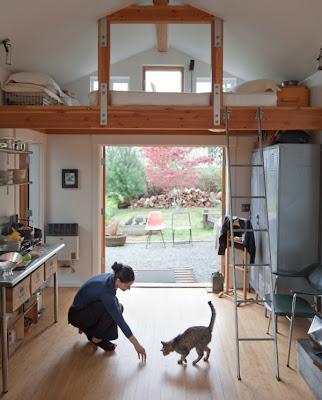 Маленький дом Мечты – из старого гаража фото 3