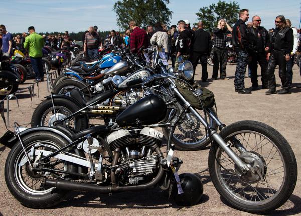 PauMau blogi nelkytplusbloggari nelkytplus Helsinki Bike Show 2015 mottoripyöränäyttely mmaf aliens mc rakennettu moottoripyörä custom harley davidson