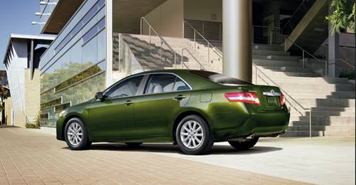 New Toyota Camry Evolution Green Hybrid Injection XSE V8 Sport Car