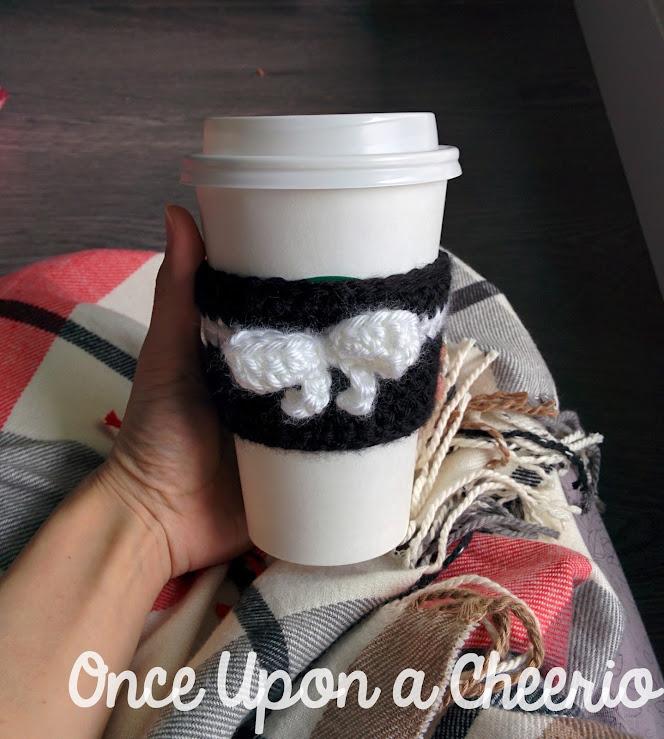 Spades & Bows Coffee Tea Cup Cozy Free Crochet Pattern