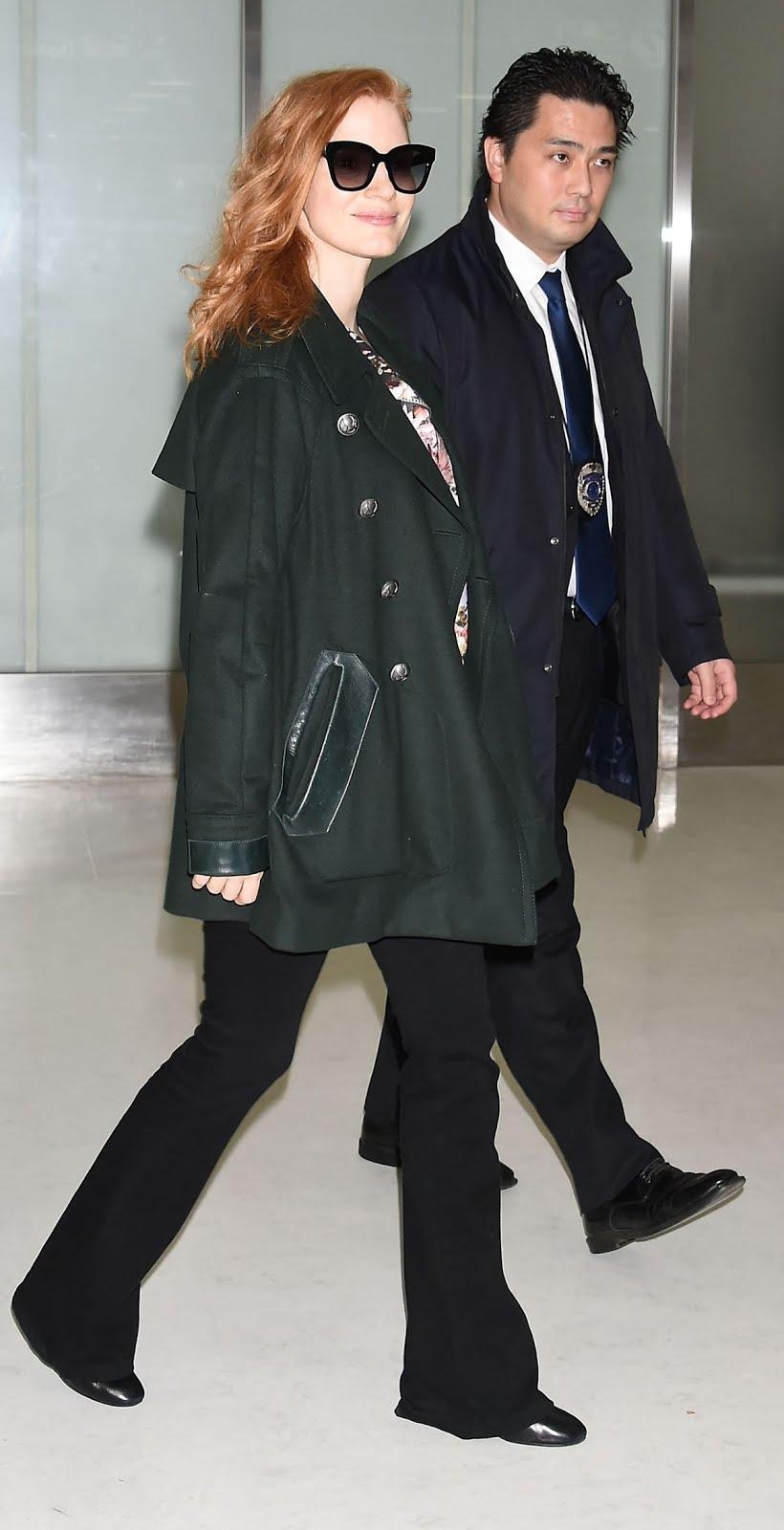 Photos of Jessica Chastain at Narita International Airport