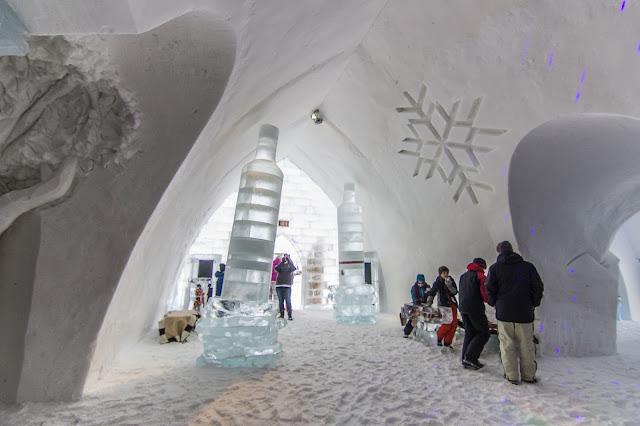 Québec City's Village Vacances Valcartier's Hôtel de Glace interior