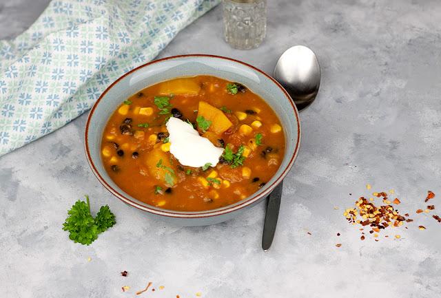 zupa dyniowa z fasolą