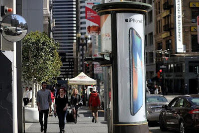 iPhone sẽ không còn là 'con gà đẻ trứng vàng' cho Apple? - 221080