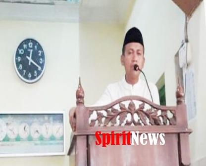Bupati H Syamsari Kitta, Jadi Khatib di Masjid Nurul Huda Sa'gebongga