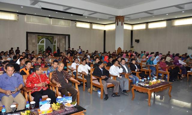 FM Lobar Gelar Silaturrahmi Akbar dan Dialog Public Pemuda.....