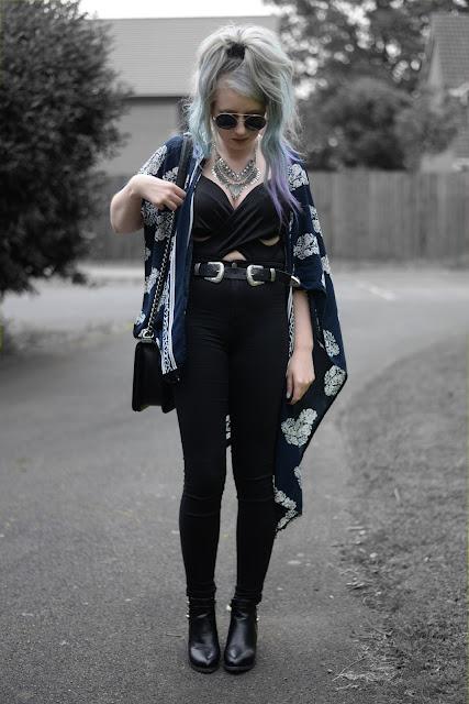 Sammi Jackson - Oasap Crossover Crop Top + Floral Kimono