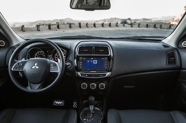 Interior view of 2016 Mitsubishi Outlander Sport