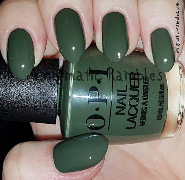 Swatch-OPI-Suzi-The-First-Lady-Of-Nails
