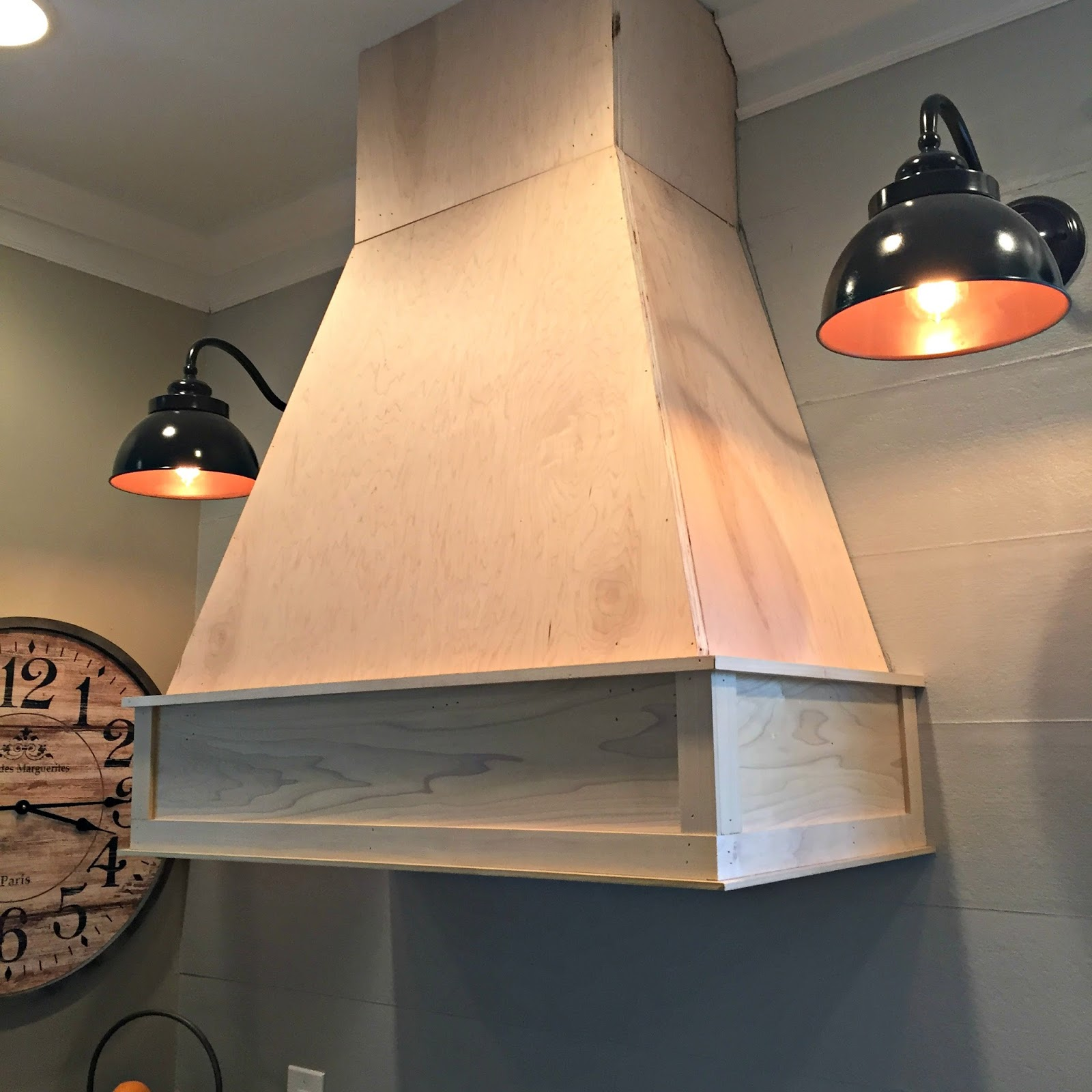 A Diy Ish Wood Vent Hood From Thrifty Decor Chick
