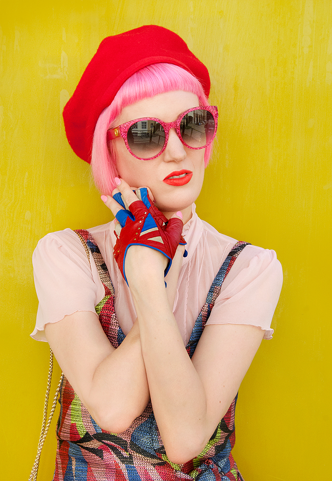 pink haired blogger, Gucci glitter sunglasses, unionjack gloves