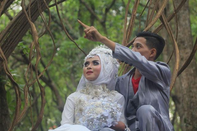 Spot Foto Prewedding di Lamongan Bernuansa Alam