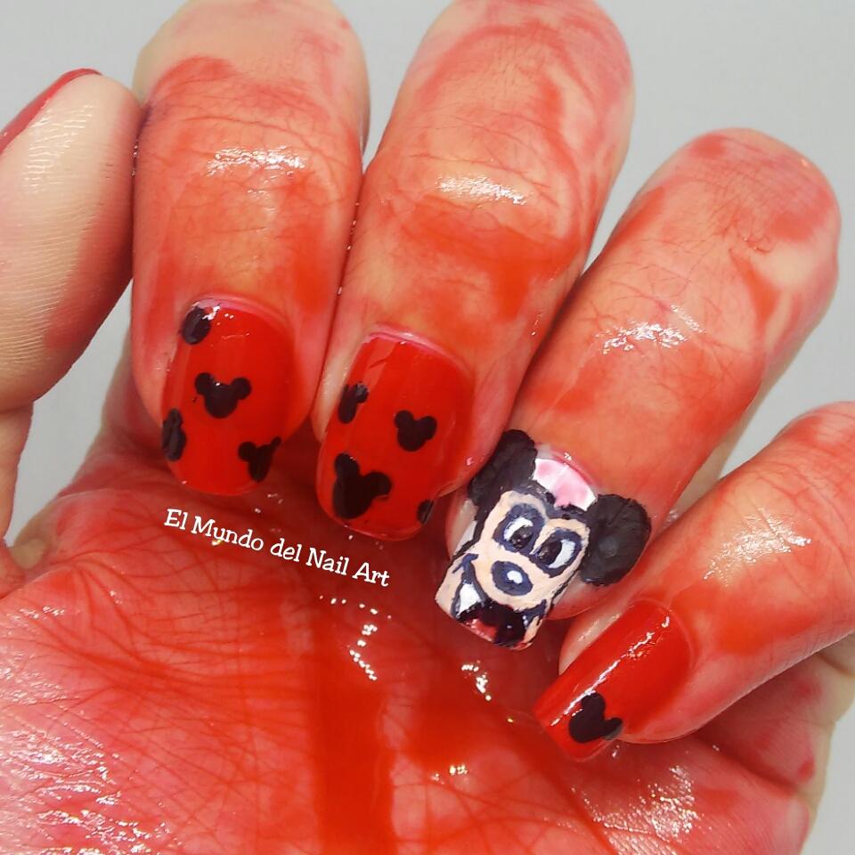 El Mundo del Nail Art: Doble Manicura de Halloween: Mickey Mouse ...