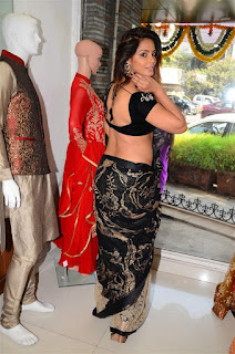 Neetu Chandra in Black Saree at Designer Sandhya Singh Store Launch Mumbai (1).jpg