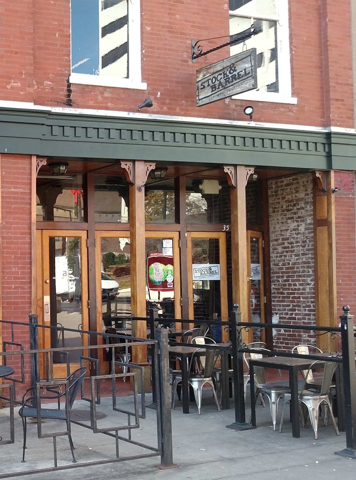 Stock Barrel Is A New Restaurant Which Opened Up In 2017 And Has Taken Knoxville By Storm It Specializes Burgers Bourbons An Amazing