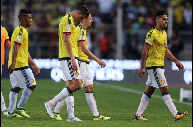 La selección colombiana se retira decepcionada tras no pasar del empate con Venezuela