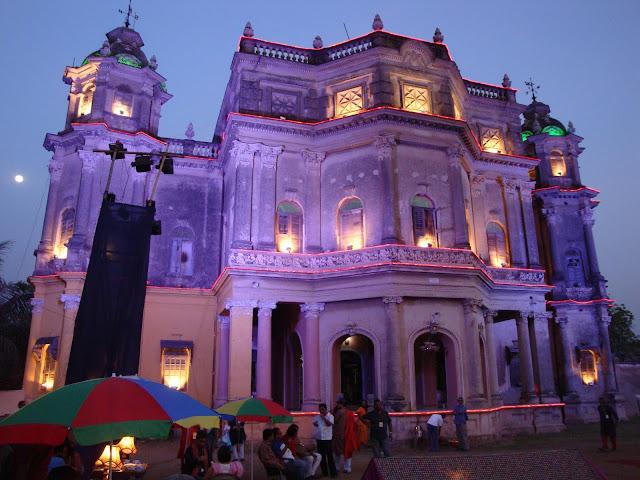 The-Kashipur-Raj-palace-rajbari-at-purulia-near-Adra