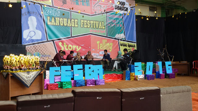 Yeay, Saya Menang Juara 1 Lomba Debat Bahasa Inggris Sejabodetabek di Festival Bahasa 2016 IIQ Jakarta - EDS UHAMKA #3