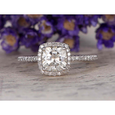 Choosing the perfect vintage-Inspired Moissanite
