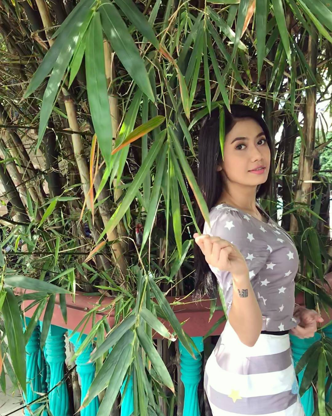 Thinzar Wint Kyaw Beautiful Photos Collection - November