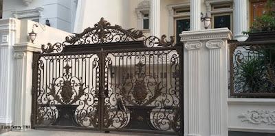pagar tempa mewah adalah pagar klasik