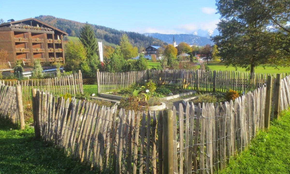 Lindner Parkhotel Oberstaufen: Bergwiesen-Spa Kräuterbeet