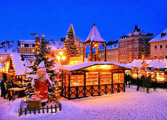 The Annaberg-Buchholz Weihnachtsmarkt or Christmas market. Photo: Archers Tours UK.