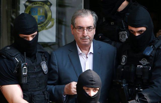 Sérgio Moro condena Eduardo Cunha a 15 anos de prisão