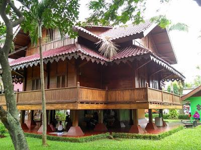 Rumah Adat Provinsi Sulawesi Tenggara