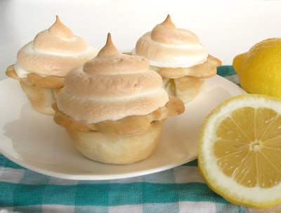 http://blog.dollhousebakeshoppe.com/2013/03/individual-mini-lemon-meringue-pies.html