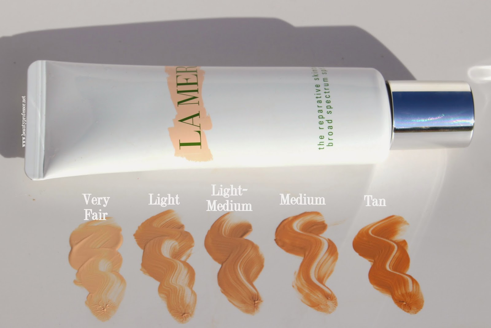 Beauty Professor: La Mer Reparative Skintint...Swatches, Review + a ...