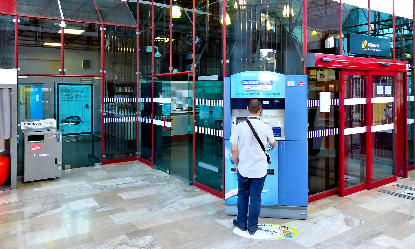 Gare de Tourcoing - Billetterie automatique