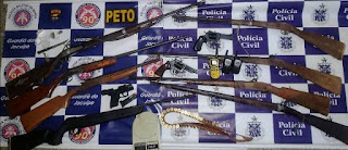 Oito armas apreendidas