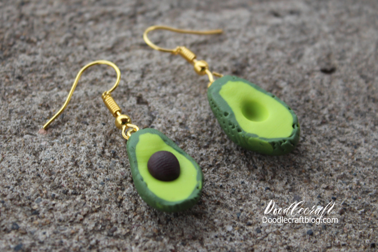 Doodlecraft: Avocado Earrings!