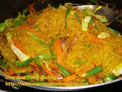 Garlic Sotanghon - Cooking Procedure