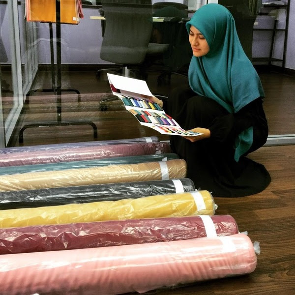 Wanita Ini Jana Untung RM15,000 Sebulan Menjual Tudung, Walaupun Tanpa Premis!