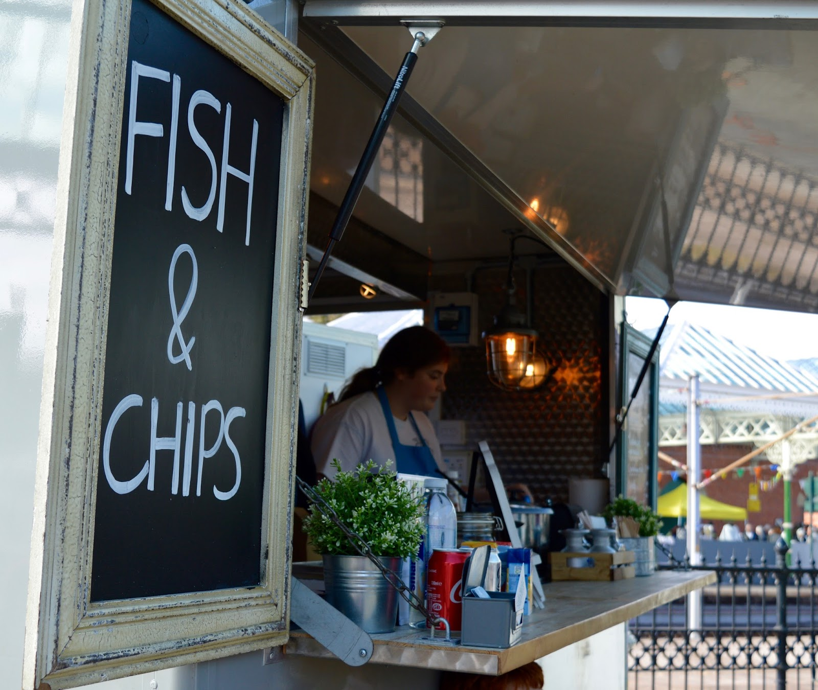 The Little Fishy | Mobile Fish & Chips at Tynemouth Market - A Review