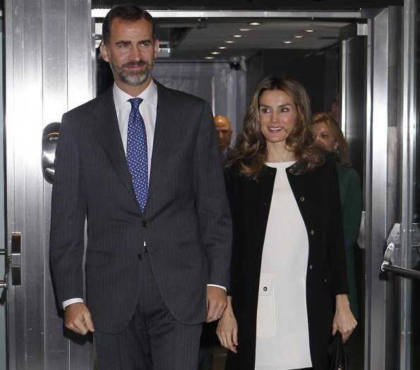 Crown Princess Letizia and Crown Prince Felipe attended the award ceremony of the Living Awards 2012 at Rafael del Pino Auditorum