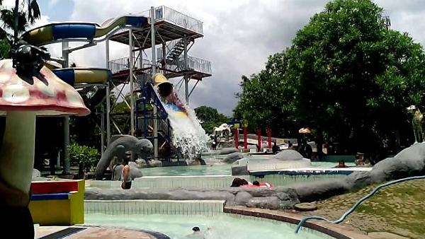 Apita Waterboom Cirebon