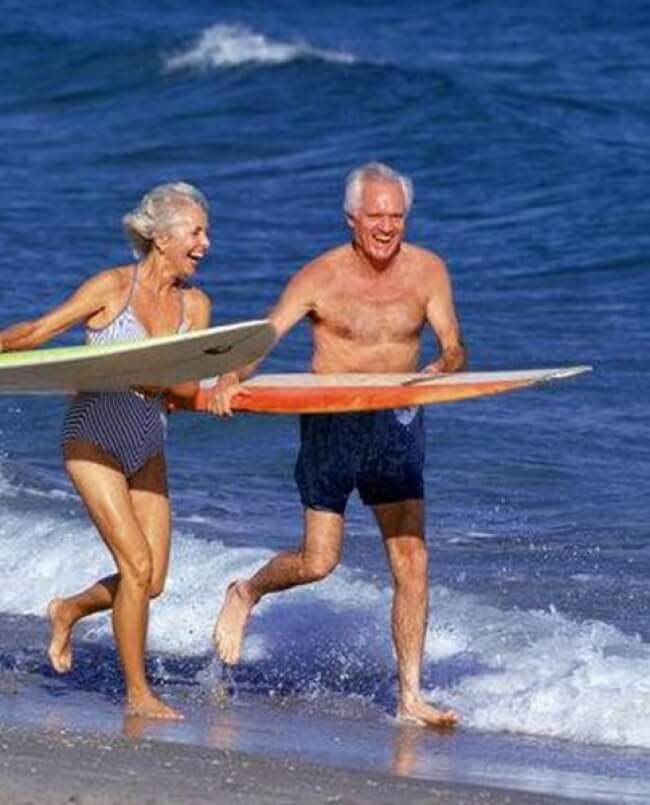 20 Exhilarating Images That Show Love Has No Age Limits - Be ready for new adventures