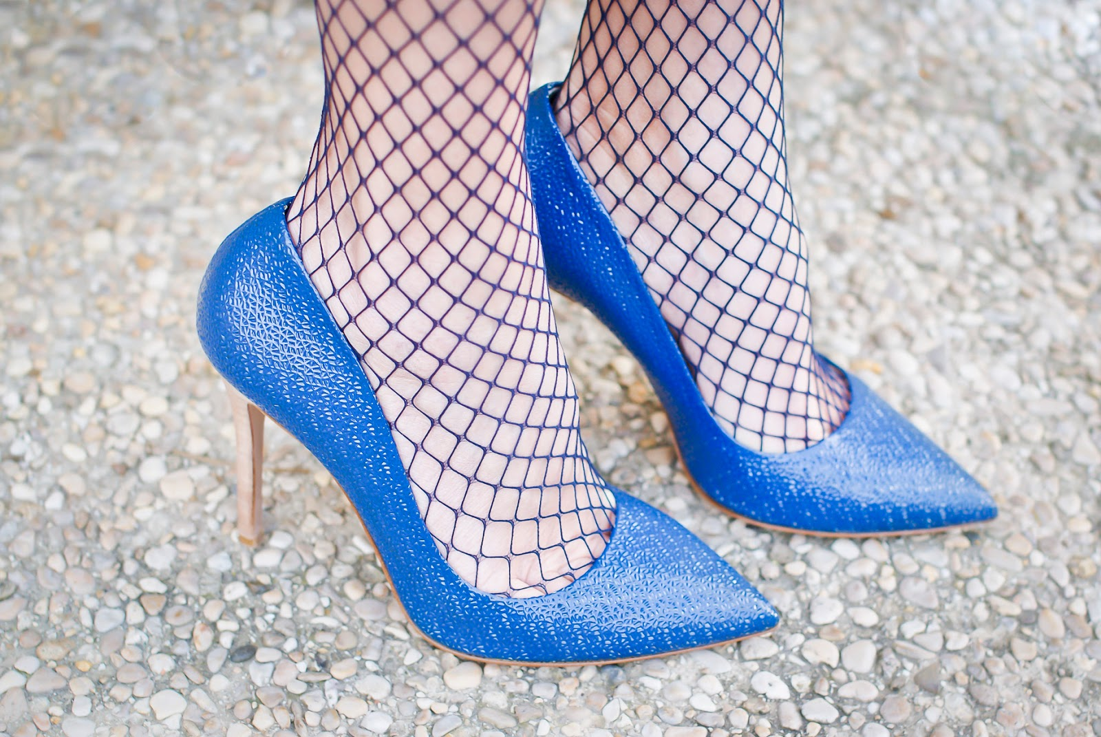 Sexy fishnets with stiletto heels on Fashion and Cookies fashion blog, fashion blogger style