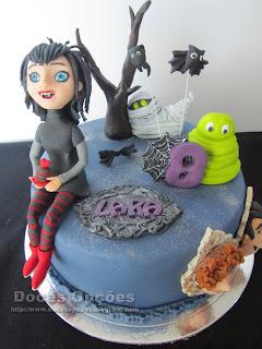 birthday cake Hotel Transylvania