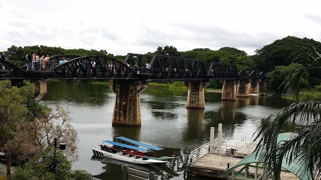 Puente sobre el Río Kwai - Kanchanaburi